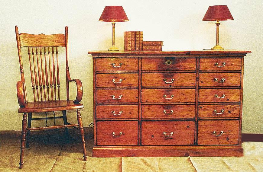 KHFB Uwe Kollschegg Antiquitäten Möbel -2