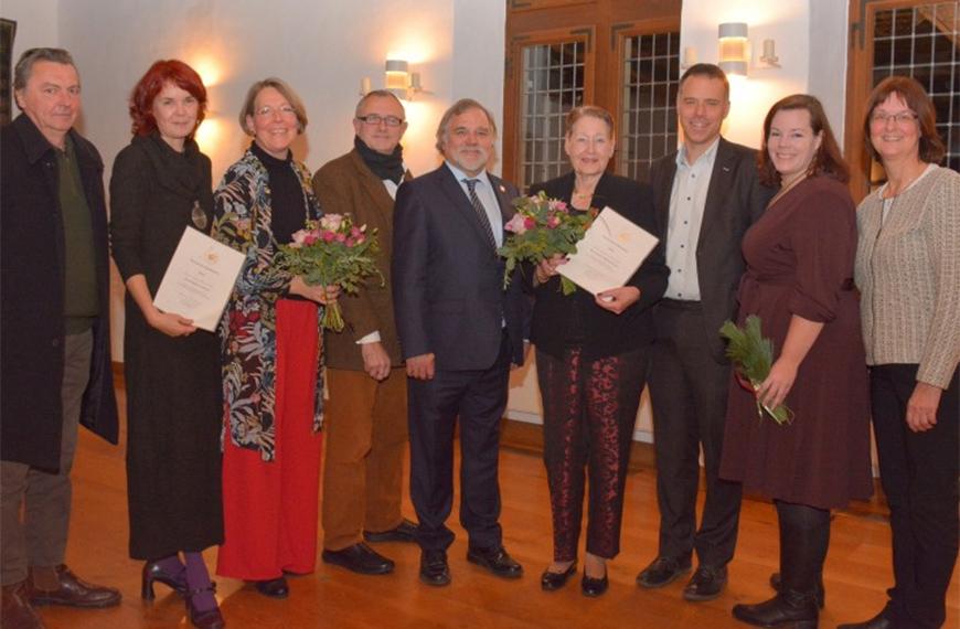 Verleihung Urkunde Kulturpreis